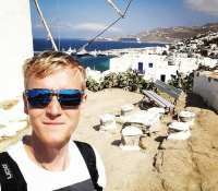 Exploring #Mykonos on my explorations off the #celebrityreflection boat today… Venturing up and out of the town of #Chora on #Mykonos up to the #venciaboutiquehotel just 1km walk out of town…