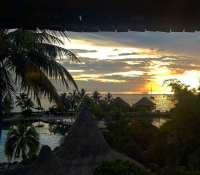 Sunset at the #intercontinentalhotel in #Tahiti this evening as I wake up to go for dinner… Yes wake up… I've set myself to live on UK timezone now for the next 2 days as I make my way home. My top tip for kicking jetlag#sunset #palms #tropicalparadise #palmtrees #jetlag #timezone #ocean #sky #lagoon #pool #evening #dusk
