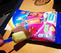 Lollies from way back when i was a kid in Norceni Girasole campsite near Florence, Italy.Are these for 10 years from the age of 7 and not seen them anywhere since :) #throwback #winning