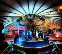 Things are just getting started here in the #YurtBar for their #ApresSki party tonight… Big up to @lauriecovell on sax tonight !! Big job as always#yurt @yurtbar #ApresSki #party #dj #subduce #djsubduce #weddingdj #jonnyrossmusic #SaxDJ #360 #theta #ricohtheta #vr