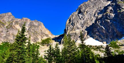 Aasgard Pass from camp site