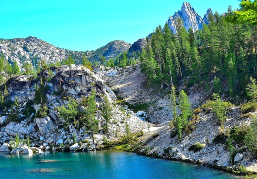 Cryatal Lake and Prusik Peak