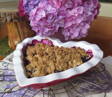 hydrangeas and blueberry crisp
