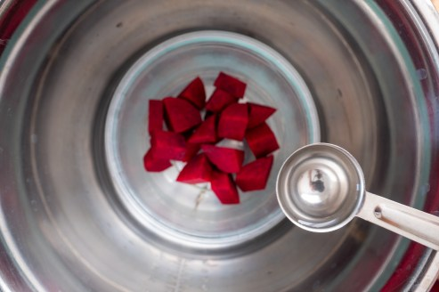 Steamcook beets for Beet Purée