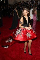 zendaya-coleman-2015-costume-institute-benefit-gala-in-new-york-city_4