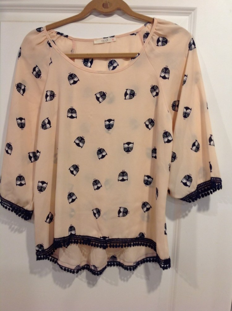 Le Lis Owl Printed Top (Peach)