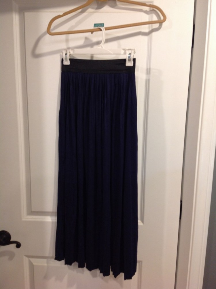 Tea & Rose Solid Midi Skirt (Navy)