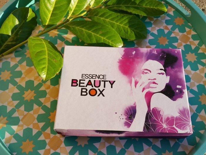 essence beauty box march 2016