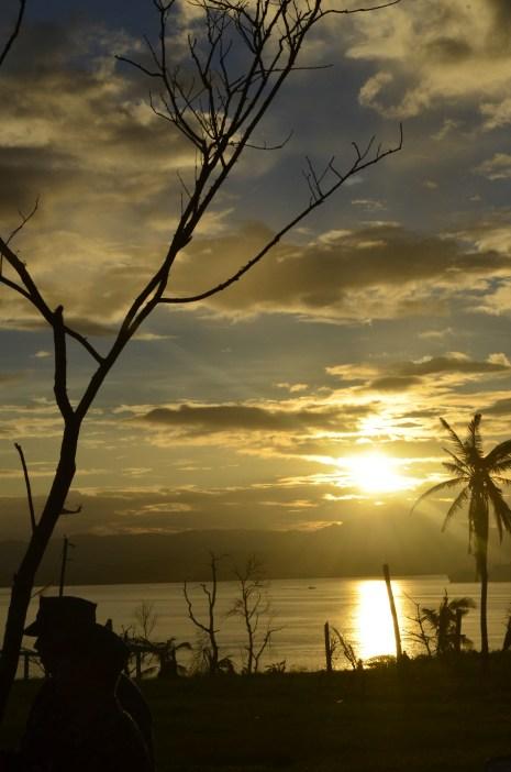 Ormoc-Leyte-Bam-Alegre-SubSelfie-Yolanda-Typhoon-Haiyan-Camp-Sunset