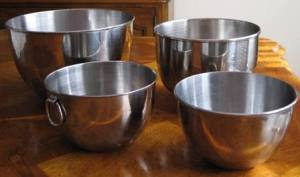 Pots for paska baking 2