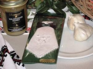 Honey, Linnen Handkerchief, Garlic