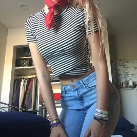 BANDANA // THRIFT STORE TOP // URBAN OUTFITTERS JEANS // FOREVER 21