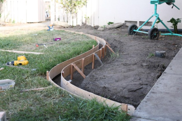 diy yard curbs suburban pop