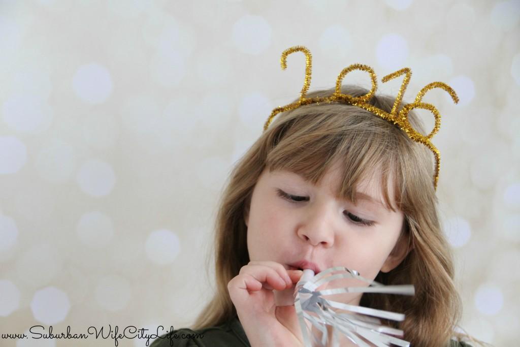 DIY 2016 Party Crown