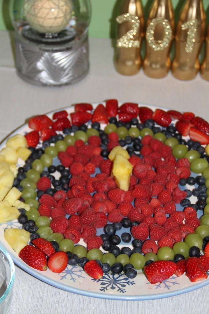 NYE fruit clock