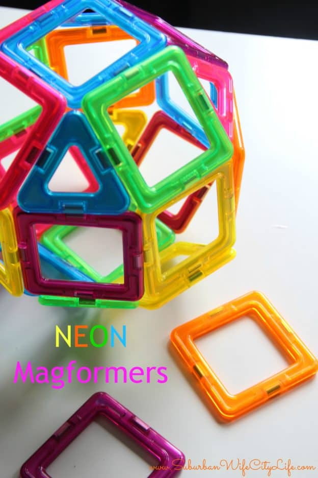 Neon Magformers