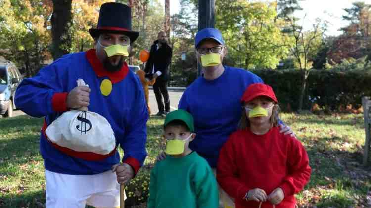 DIY – DuckTales Costumes