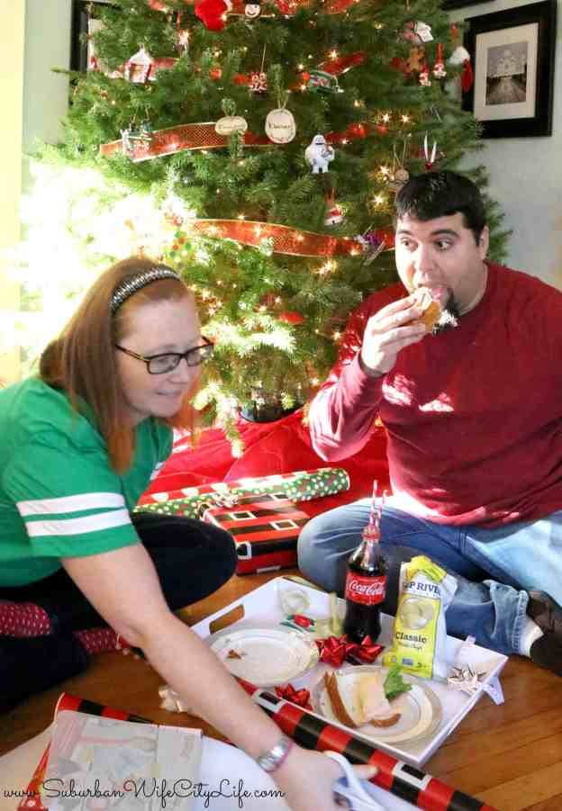 Christmas Wrapping Picnic