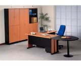 Meja Kantor Uno Gold Series Warna Cherry 1