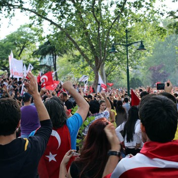 4.-Todo-empezó-el-18-de-Mayo.-Plaza-Taksim