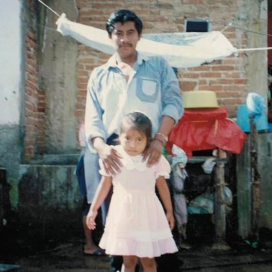 Gabriela y Alberto Patishtán, antes de su encarcelamiento.