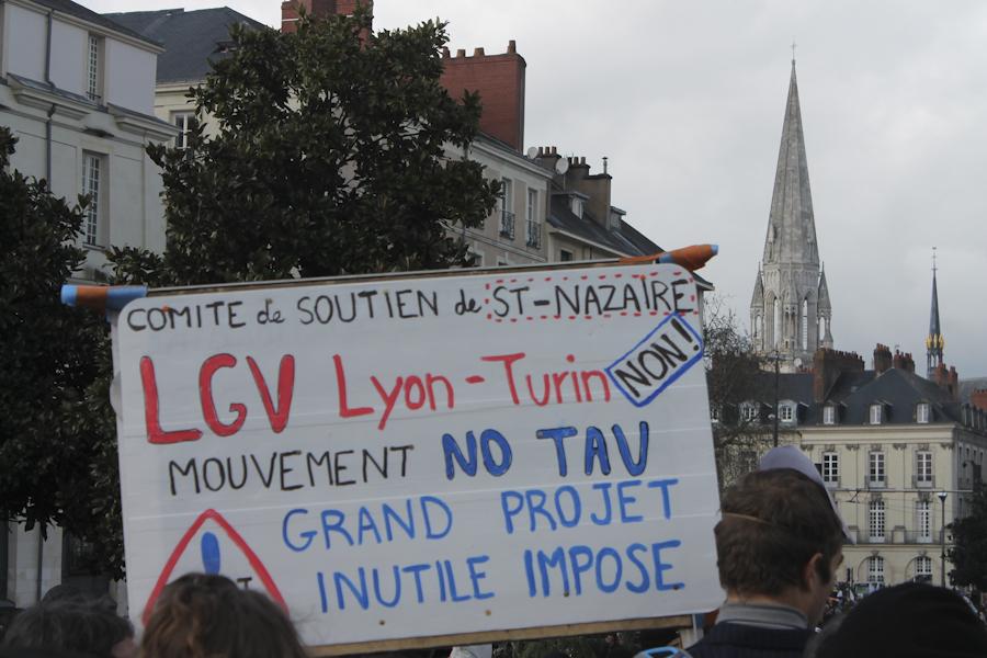 Solidaridad internacional con el movimiento de oposición a la TAV italiana