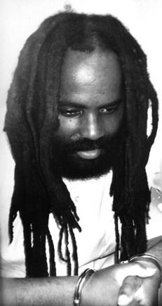 mumia-subversiones