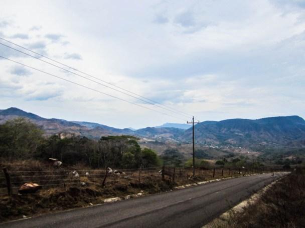 Caminos de Michoacán, llegando a Villa Victoria
