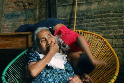 Manuela, tuvo cinco hijos y adoptó cinco más