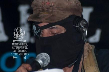 Entre la luz y la sombra (comunicado del Sub, EZLN)
