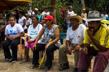 Se resiste con organización y reuniones entre pueblos que apoyan el movimiento para defender la cuenca y el río.