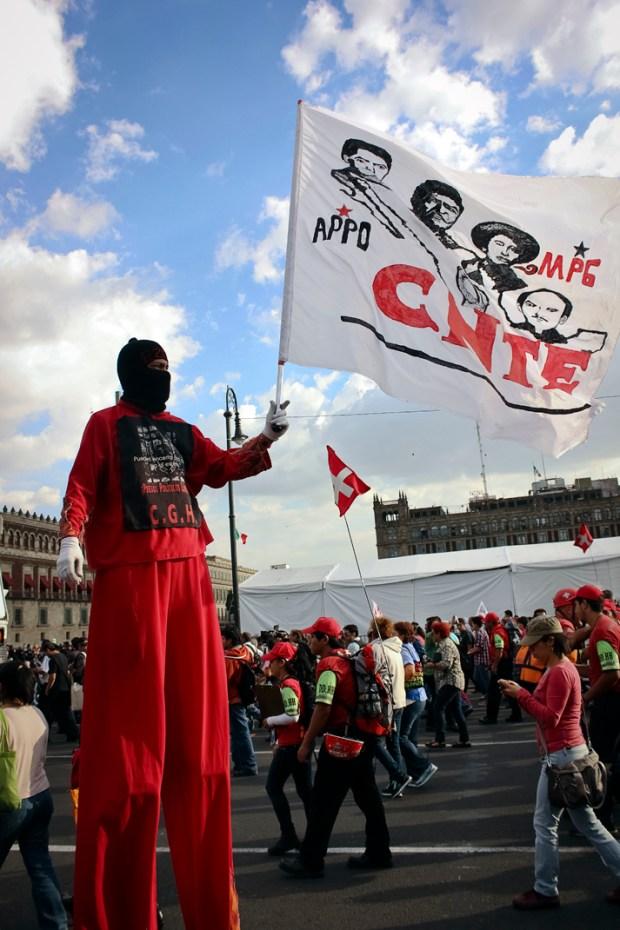 La movilización avanzó sobre paseo de la reforma