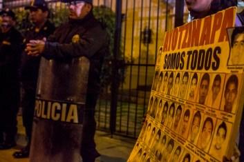 Peru_AccionGlobalAyotzinapa-13