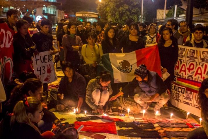Peru_AccionGlobalAyotzinapa-18