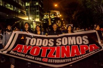 Peru_AccionGlobalAyotzinapa-7