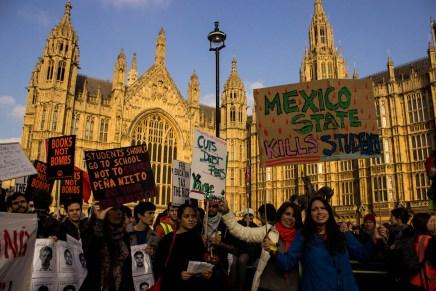 Desde México hasta el Reino Unido: Atizando la indignación