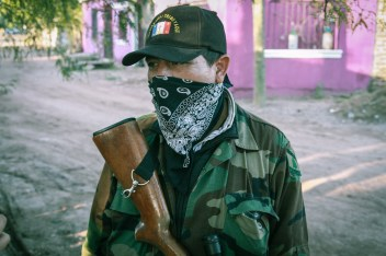 Guardia comunitaria yaqui. Fotografía: Heriberto Paredes