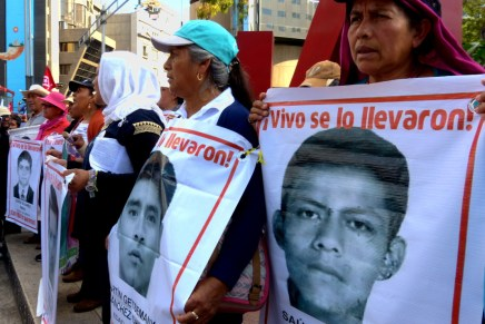 Ayotzinapa, la herida abierta
