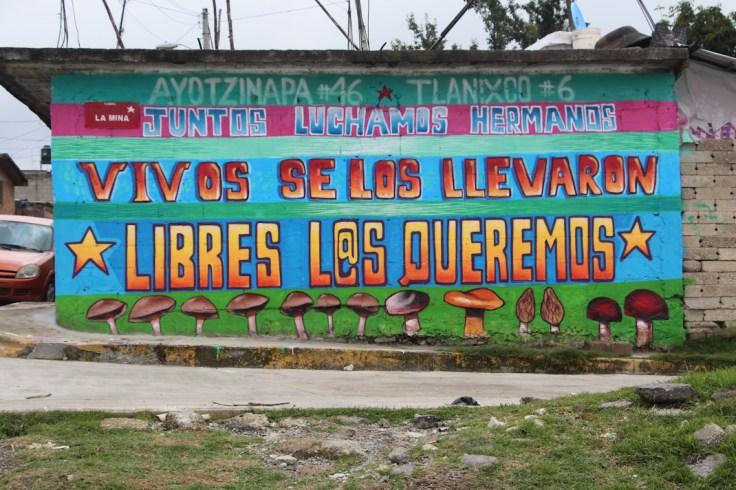 Mural realizado representa solidaridad entre Tlanixco y Ayotzinapa. Fotografía: COACS