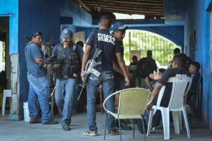Coahuayana se opone al «mando único»