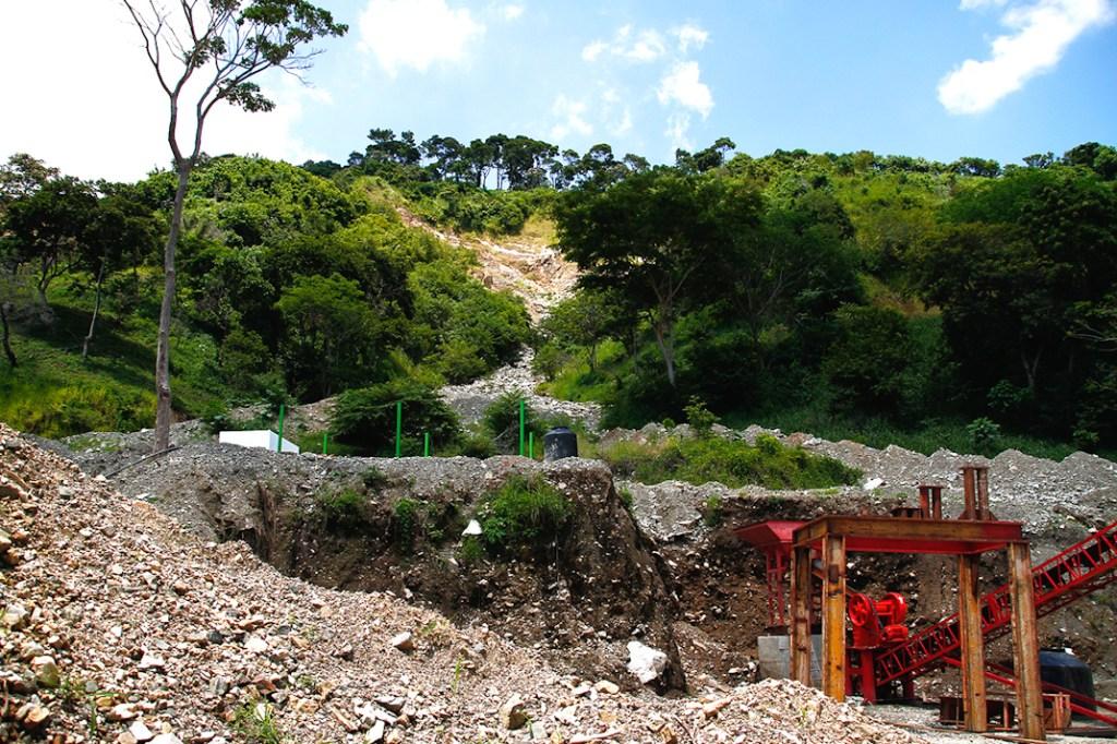 """La Mina """"El Bambú"""" en la comunidad de Nueva Francia. Foto: Santiago Navarro F."""