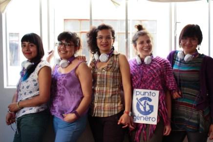 Jóvenes defensoras de derechos humanos