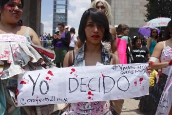 Miles de carteles llenaron las calles. Los mensajes fueron claros. ¡Nos queremos vivas, libres y sin miedo!