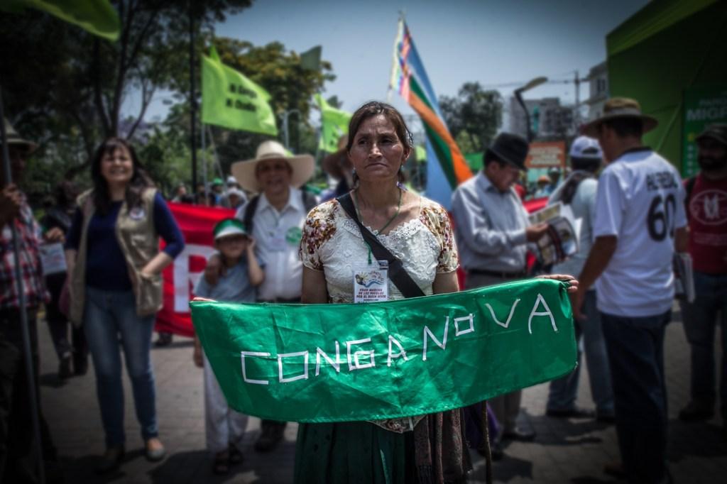 Una movilización contra Conga, 2014. Foto: Davich Mattioli. Licencia CC BY-NC 2.0.