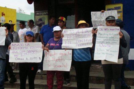 Marcha de la sección 22 en repudio a la brutal represión en el Estado de Oaxaca