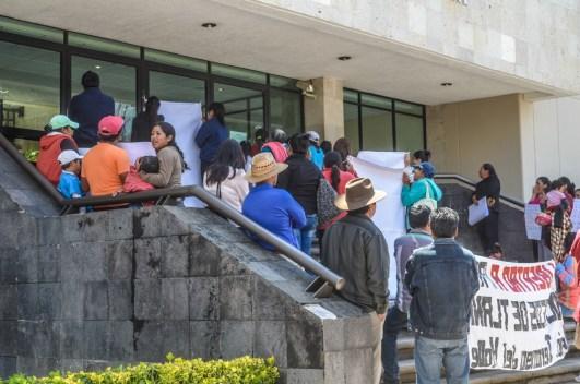 30 de septiembre 2016 Mitin por la libertad de las y los defensores por el agua y la vida de San Pedro Tlanixco. Penal de Santiaguito Estado de México.