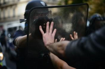 11 oct. 2018. La Plana contra La Soleam, día 1. Frente a frente, manos contra escudos.