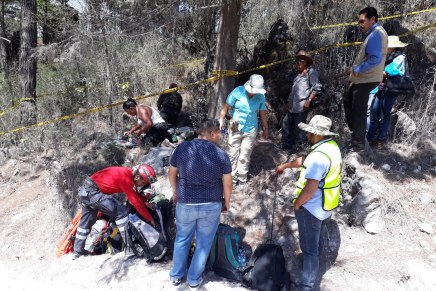 Familiares de desaparecidos encuentran osamentas cerca de Chilpancingo