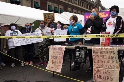 «No vamos a permitir que no seamos escuchados»: Plantón de Familiares de Desaparecidas y Desaparecidos en México