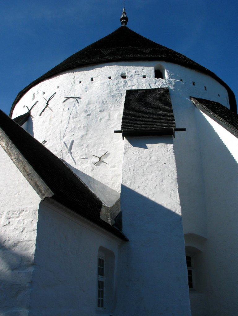 Østerlars-kirke-2003-b